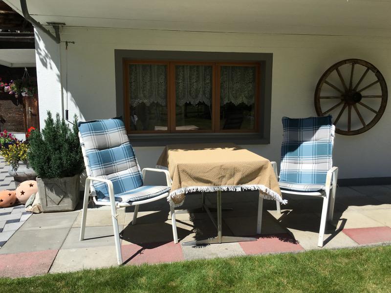 gedeckter Gartensitzplatz