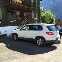 Gästeparkplatz direkt vor dem Haus